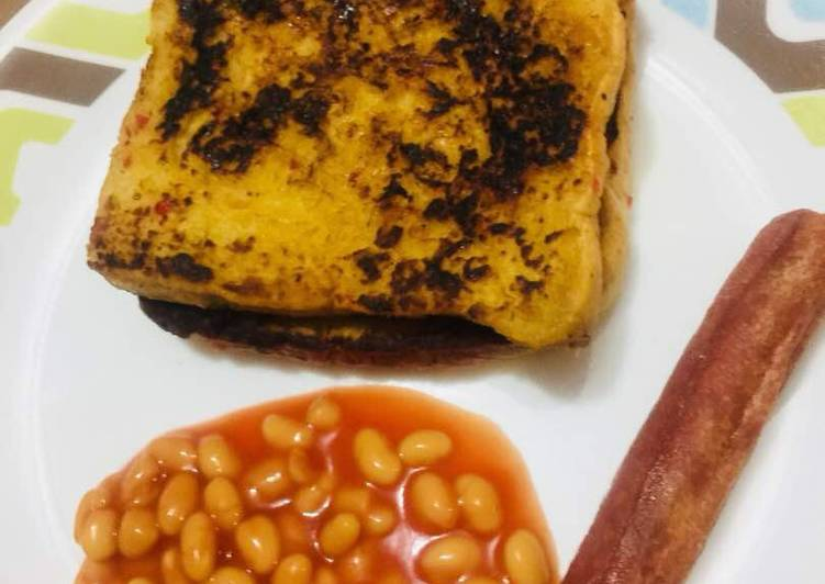 Recipe of Favorite French Toast with baked beans and Sausage