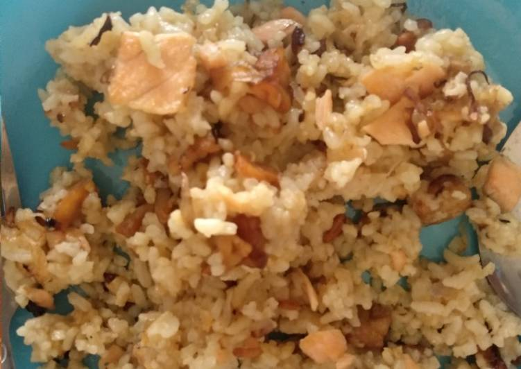Nasi goreng tempe salmon