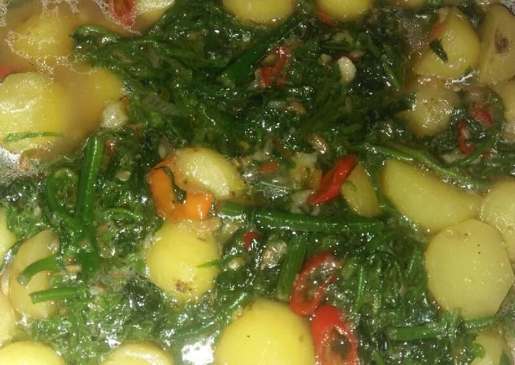 Sayur kentang daun pakis