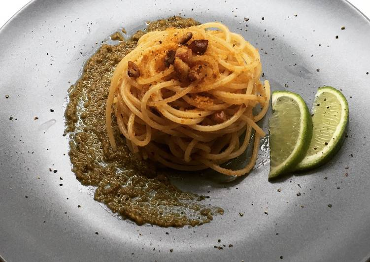 Steps to Make Ultimate Spaghettini with grey mullet bottarga, lime and walnuts on truffle pesto