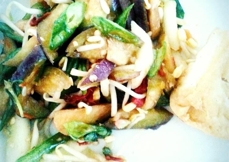 Ulang Ulang makanan khas Bandaneira,Vegetables  Salad from Mollucas  (maluku tenggara)