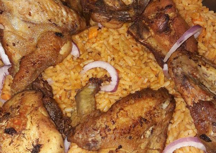 10 Minute Simple Way to Make Blends Jollof rice with fried chicken
