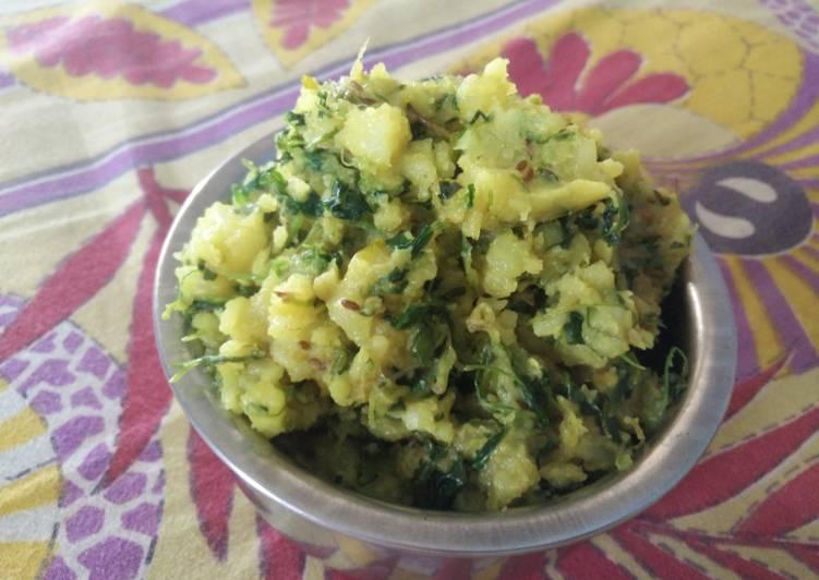 Recipe of Speedy Mashed Aloo Methi Curry (Mashed Potato and fenugreek leave fry)