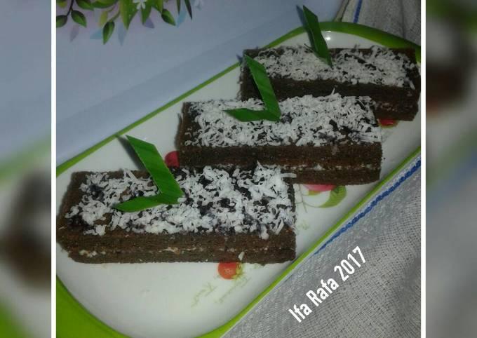 Brownies Maizena Lapis Keju (No Mixer, No Oven)