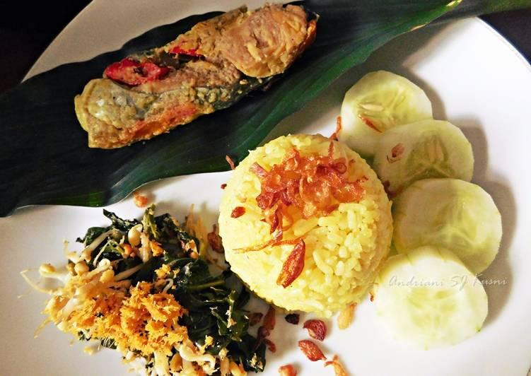 Minggu 26 - Nasi Kuning Bali