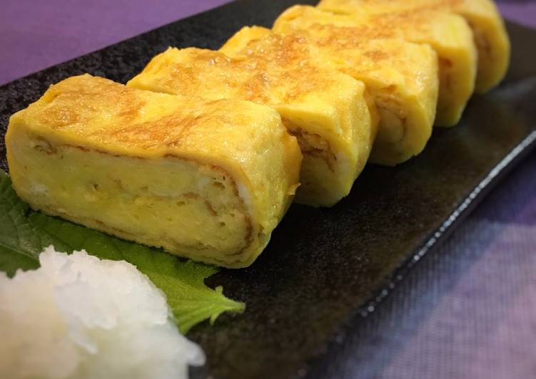 Step-by-Step Guide to Make Homemade Dashimaki Tamago (Japanese rolled omelete)