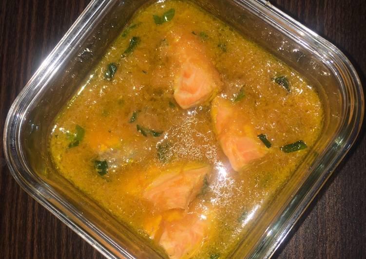 Soup salmon wortel (mpasi anak 1 tahun)