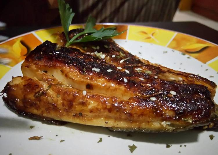 Grilled Gindara Cod with Miso Sauce (Gindara panggang dengan sau