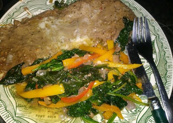 Breakfast Steak With Spinach