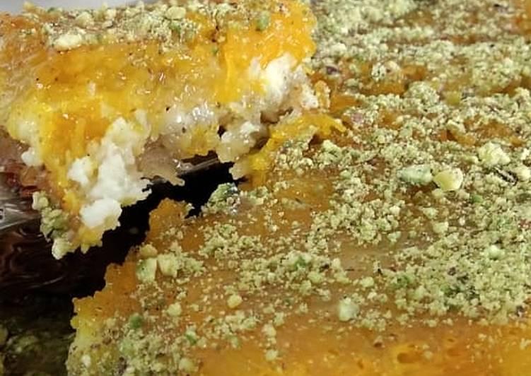 Knafeh na'ameh (traditional palestinian recipe)