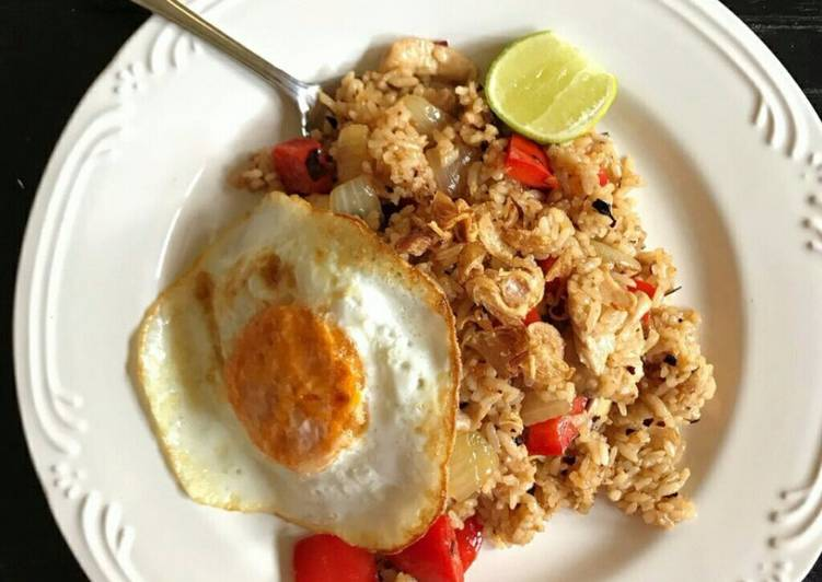 Resep Nam Prik Pao Chicken Fried Rice Bikin Laper