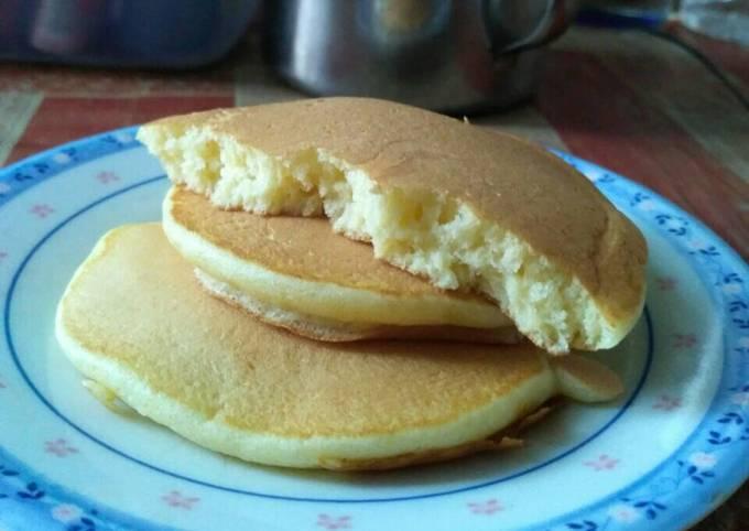 Pancake ringan empuk ala madek