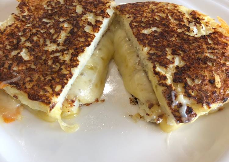 Cauliflower Grilled Cheese sandwich