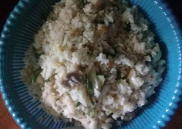 Nasi goreng bakso rumahan