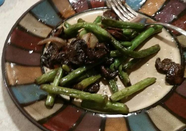 How to Prepare Any-night-of-the-week Delicious Green Beans and Mushrooms
