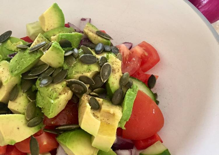 Easiest Way to Cook Appetizing Summer Salad From An Empty Fridge