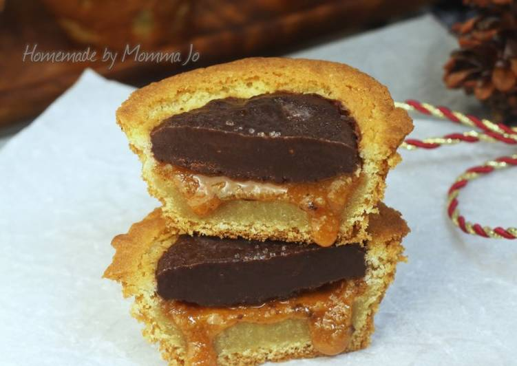 Salted Caramel Chocolate Cookie Cup