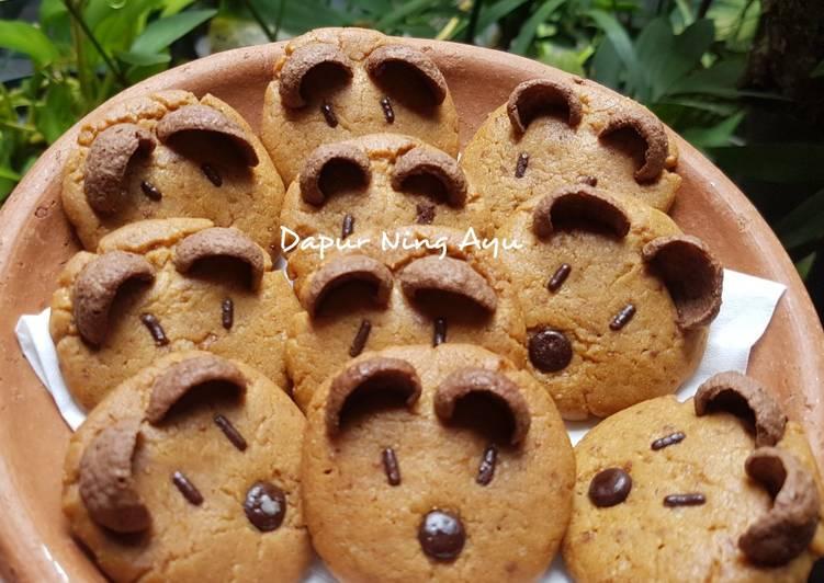 120. Character Cookies