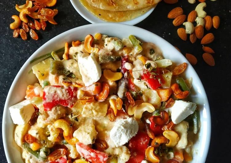 15 Minute Step-by-Step Guide to Prepare Vegan Navratan Paneer korma
