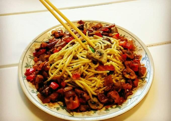 Italian Spaghetti with pan fried mushrooms