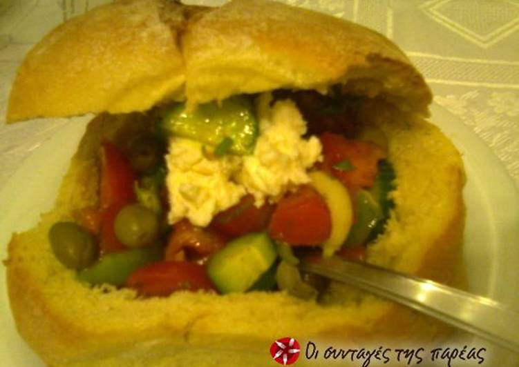 Greek salad (authentic)