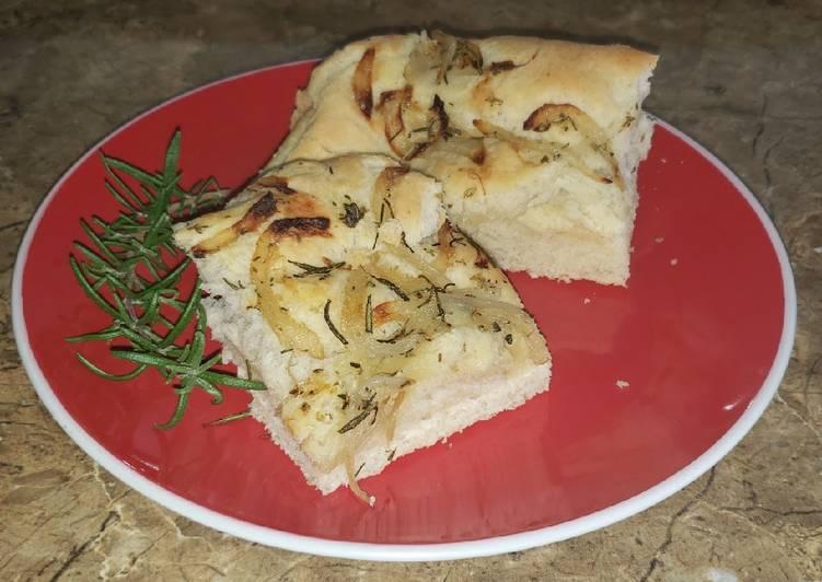 Pan Focaccia de Cebolla y Romero