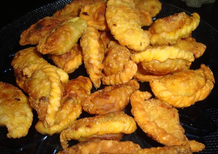 Steps to Prepare Favorite Kozhi Ada (Chicken Hot pockets)
