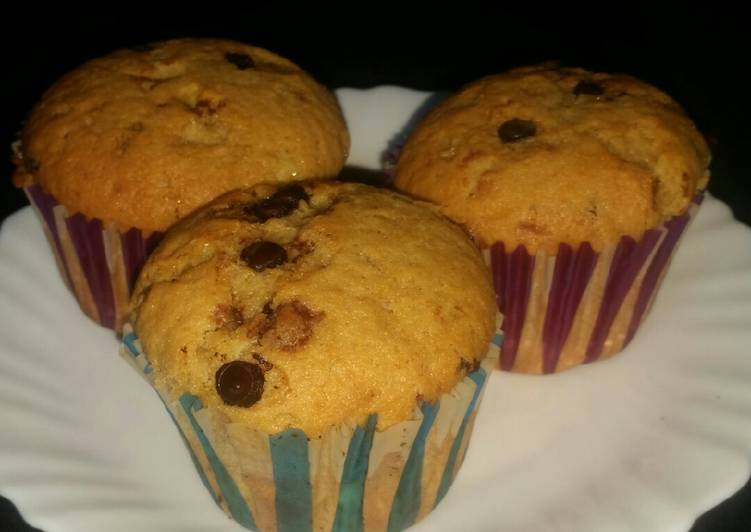 Banana Chocolate chip Cup Cakes