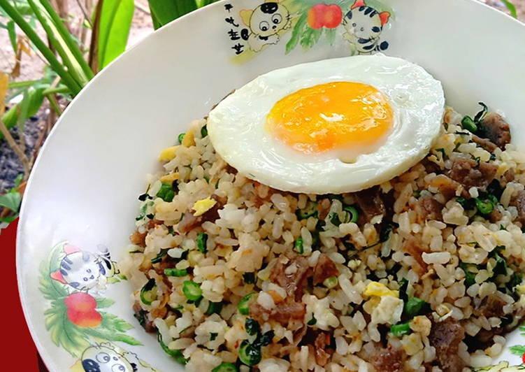 Nasi Goreng Mawut (Telur 3in1)