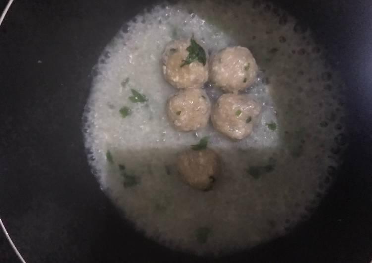 Soju kangkung (bakso keju kangkung)