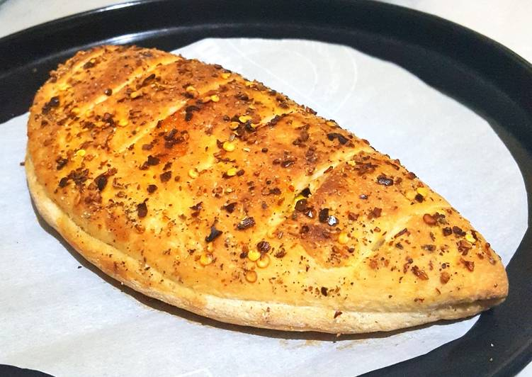 Easiest Way to Cook Perfect Stuffed Garlic Bread 😋😋