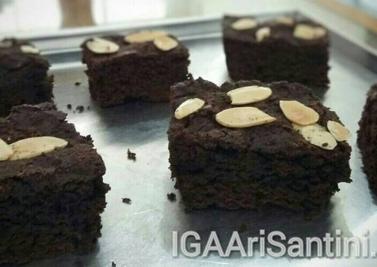 Brownies Coklat Panggang Klasik No Mixer