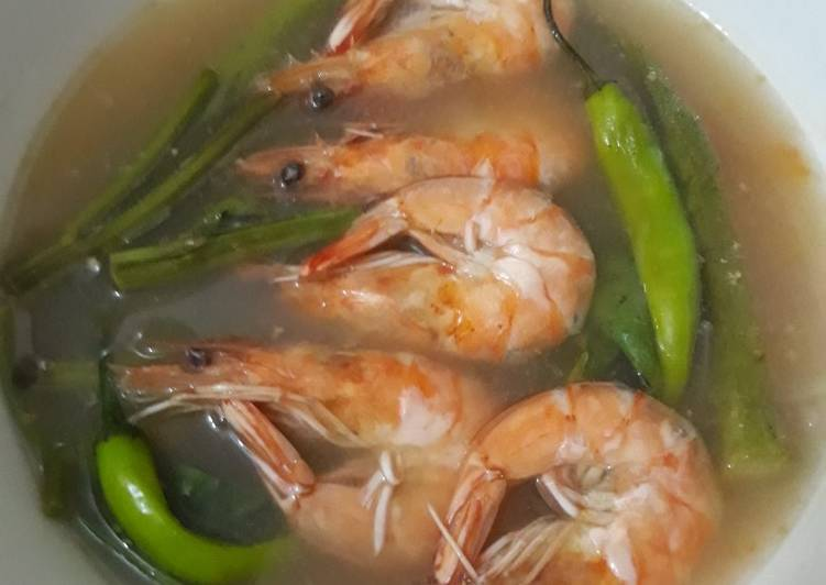 Steps to Make Super Quick Homemade Shrimp Sinigang