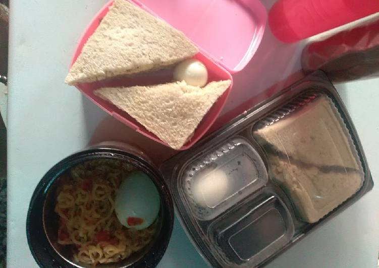 Sandwiches,boiled eggs and noodles