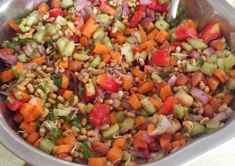 Moth Bean Sprouts Salad, Foods That Are Helpful To Your Heart