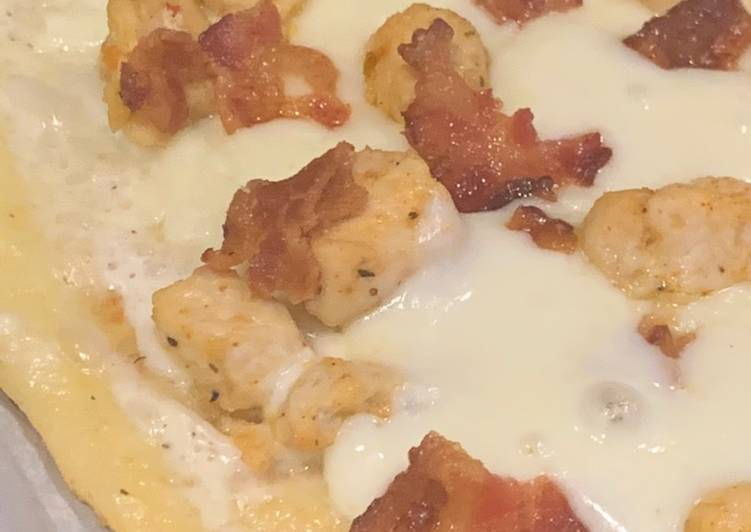 Step-by-Step Guide to Prepare Quick Keto Chicken Bacon Ranch Pizza