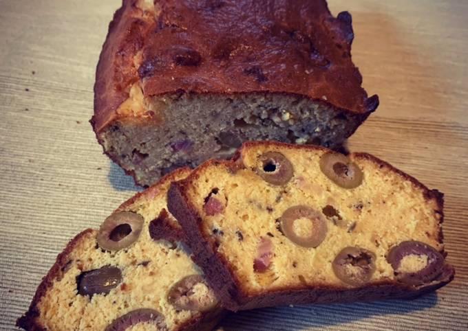 Cake aux olives et au cumin sans gluten - Recette kéto ou veggie