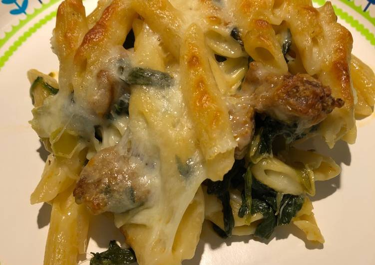 Recipe: Appetizing Sausage and Spinach Bake