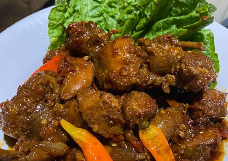 Resep Semur ayam pedas Yang Mudah Bikin Ngiler