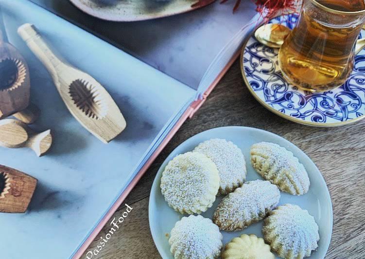 """Comment Faire Des """"Maamoul"""" biscuit fourrés aux pistaches, dates et pourquoi pas lemon curd@4PassionFood#clo"""