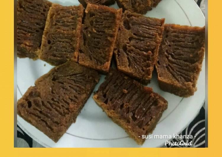 cara menyajikan Bolu sarang semut/bolu karamel - Sajian Dapur Bunda