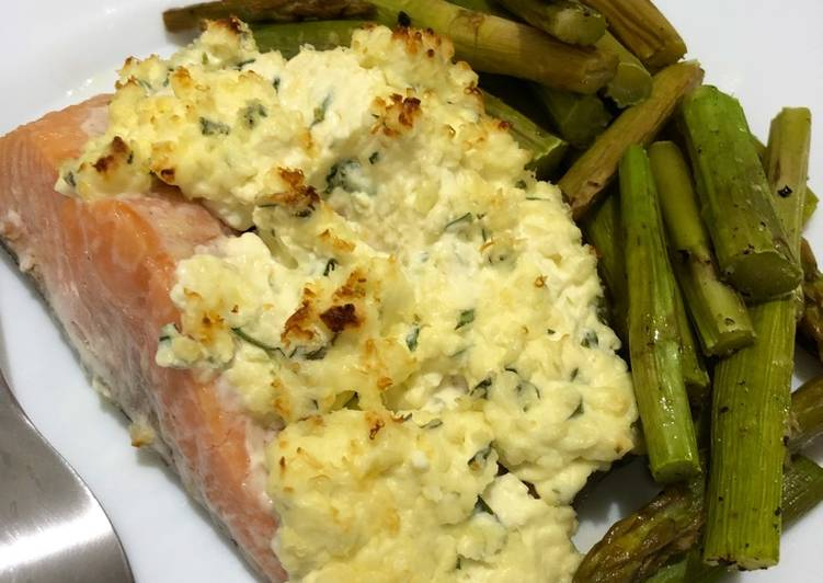 Cream cheese salmon bake
