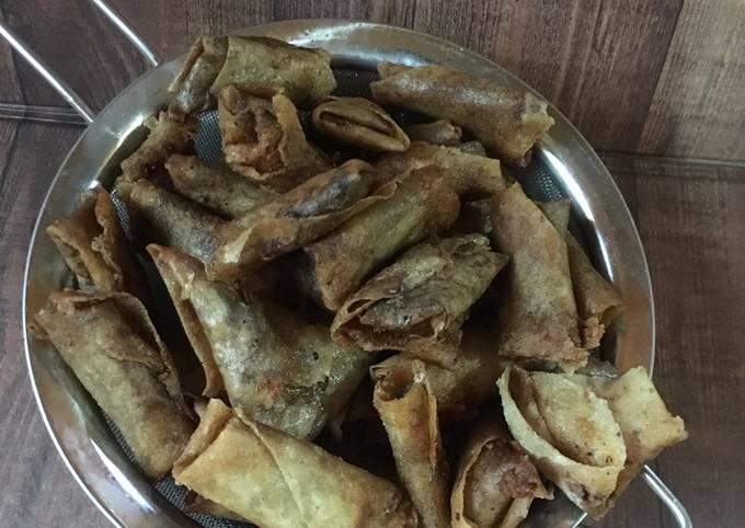 Sumpia Isi Abon Ikan (Sambel Lingkung)