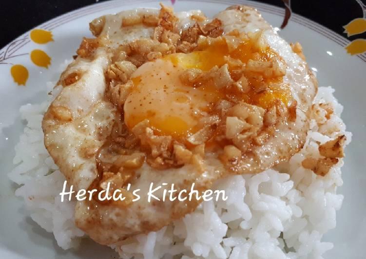 Nasi Telur Ceplok Kecap Asin