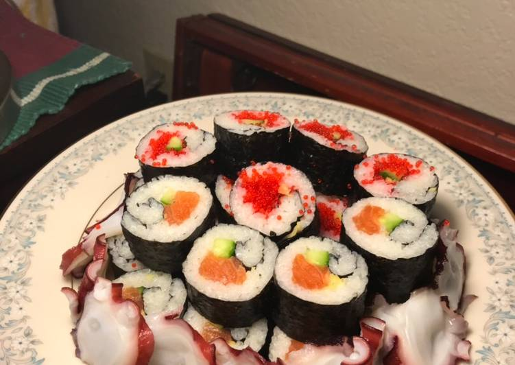 How to Prepare Homemade Sushi Trio in G(inger)