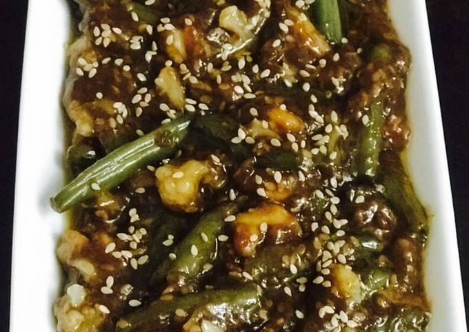 Shrimps French Beans Stir Fry in the Oysters Sauce