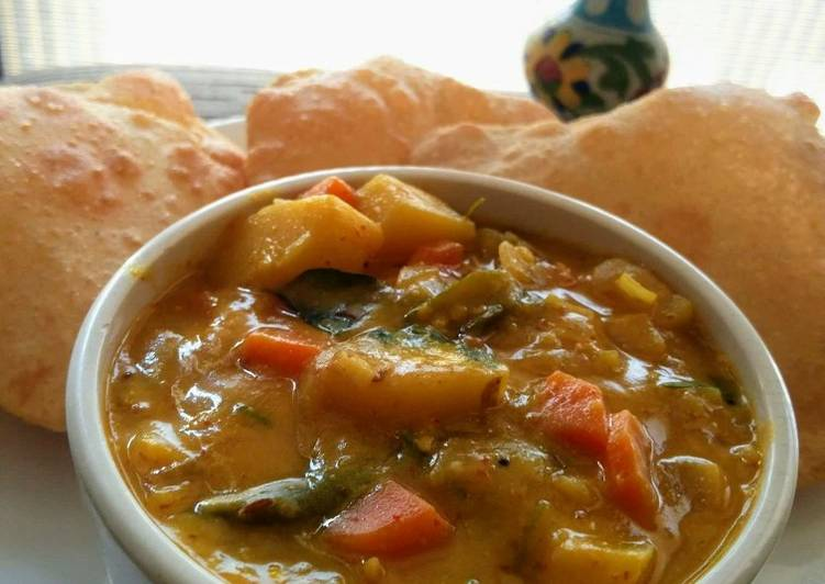 Aloo Besan curry
