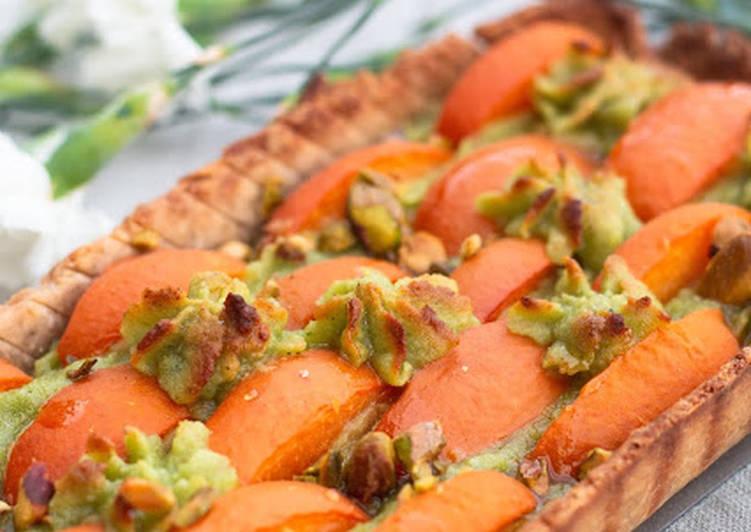 Tarte à l'abricot à la crème de pistache