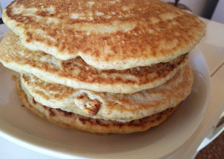 Wholemeal Banana Pancakes