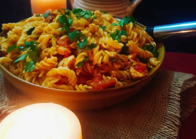 Pasta with mexican chicken
